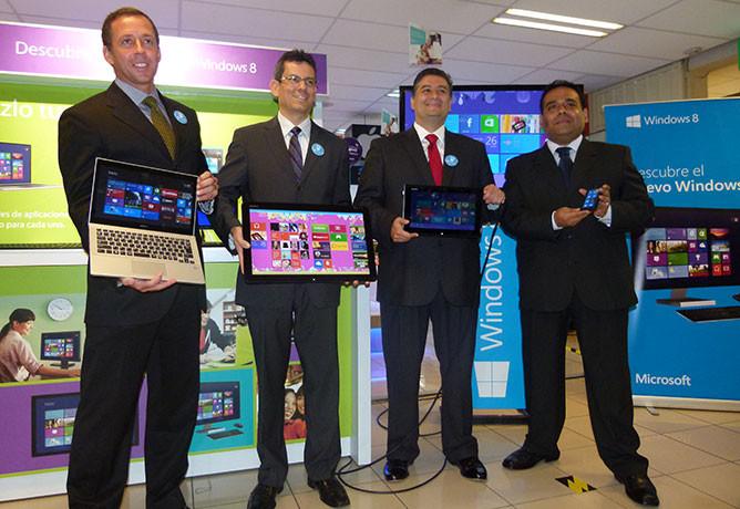 Evento de lanzamiento de Windows 8 en el Perú