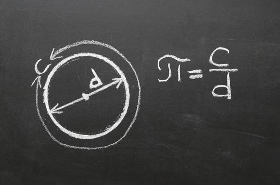 En geometría plana, pi es la relación entre la longitud de una circunferencia y su diámetro.